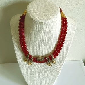 BRAND NEW Read beaded necklace